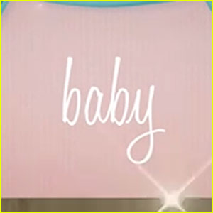 Font of lyric video Baby I of ARIANA GRANDE? // Font del lyric video de Baby I de ARIANA GRANDE?