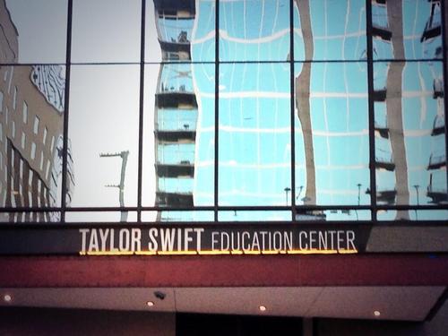 Taylor Swift Education Center Forum Dafont Com