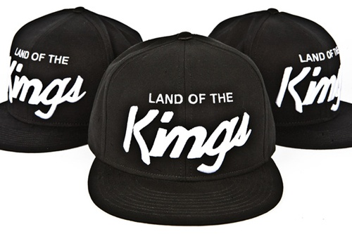 Anyone know what the font is for the kings?